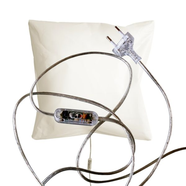 Wall-lamp-B4-with dimmer-switch